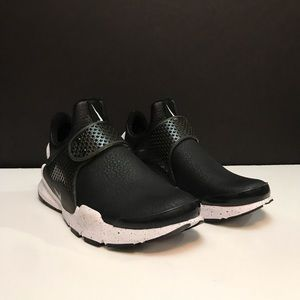 Nike Sock Dart Premium New Women